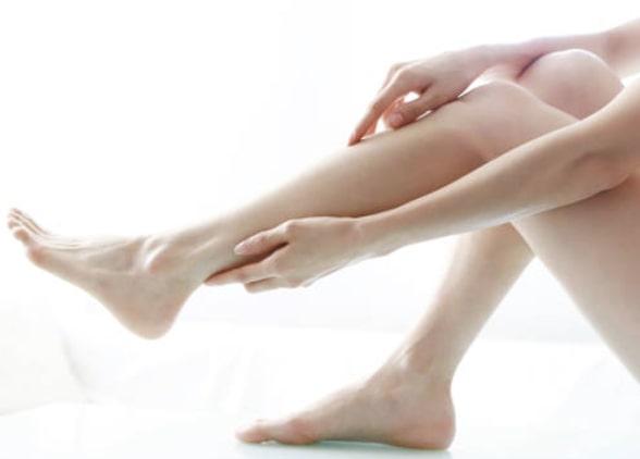 удалить мозоль на пальце ноги