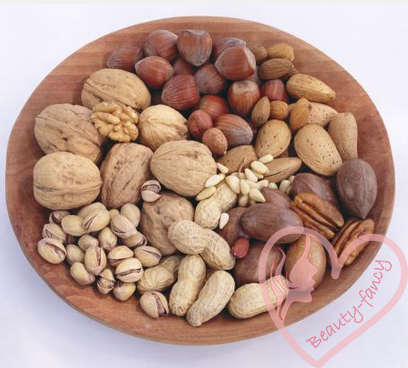 пища для здоровых волос - орехи
