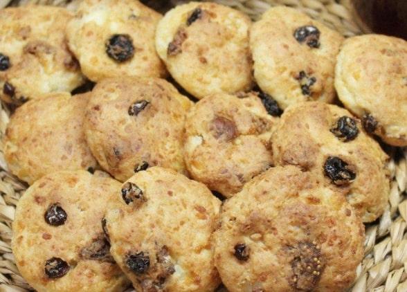 творожное печенье с изюмом быстро