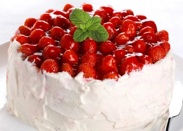 Торт с ягодным желе