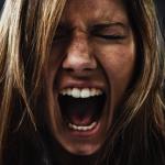 Многие женщины не умеют управлять своими эмоциями