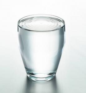 стакан воды - как же пить